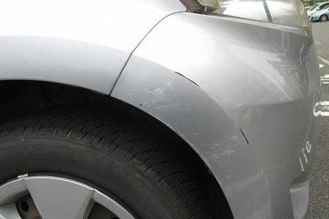フロントバンパー板金修理・塗装