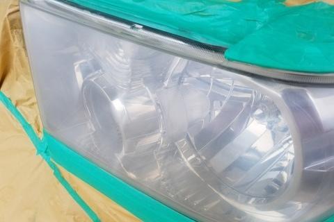 トヨタ タンドラ ヘッドライトコーティング(塗装)
